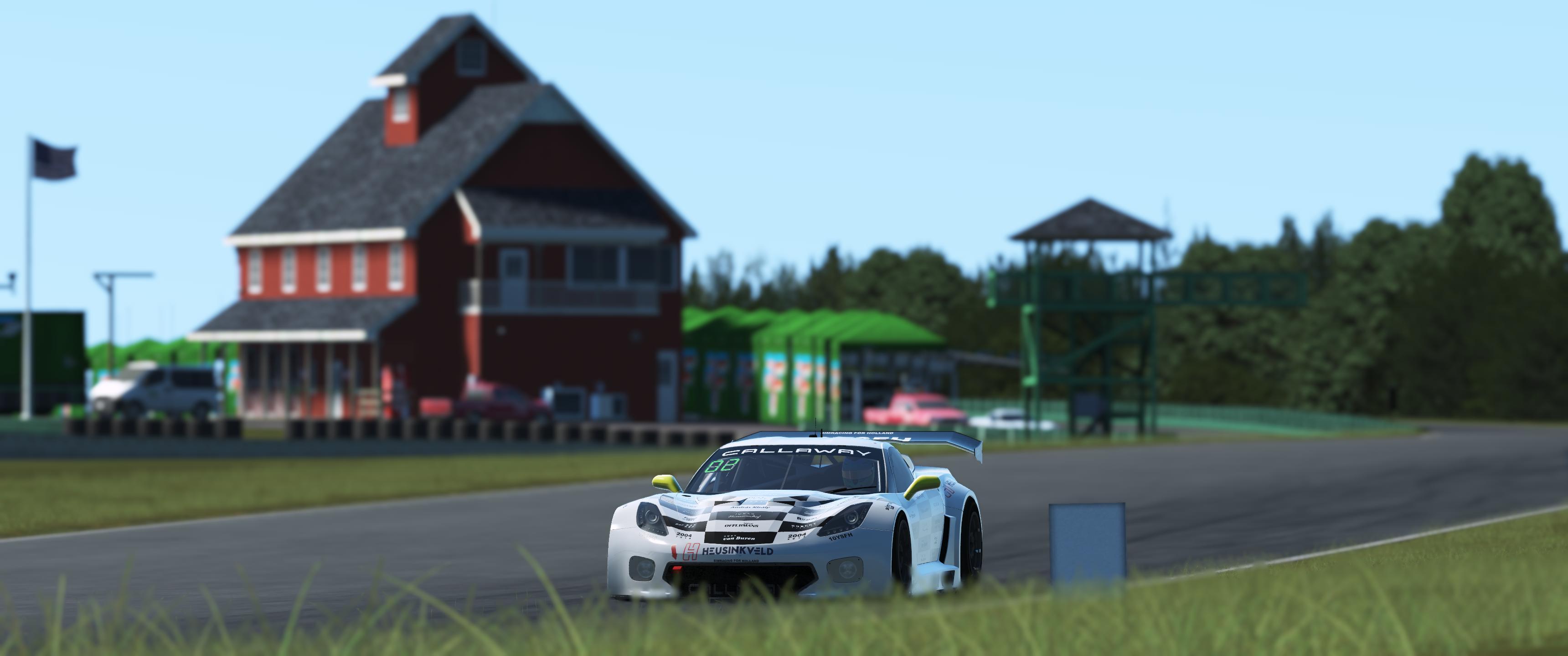 190307_2 GT3 Vette @ VIR-online practice.jpg