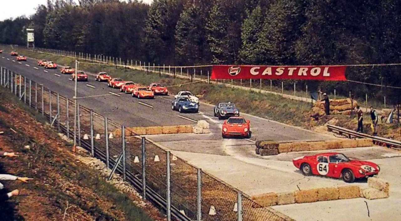 1965 Monza chicane bigger.png