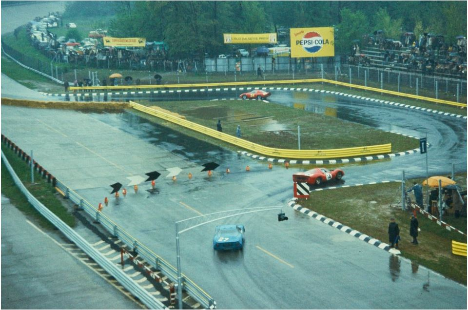 1966 to 1969 Monza 1000km chicane.JPG