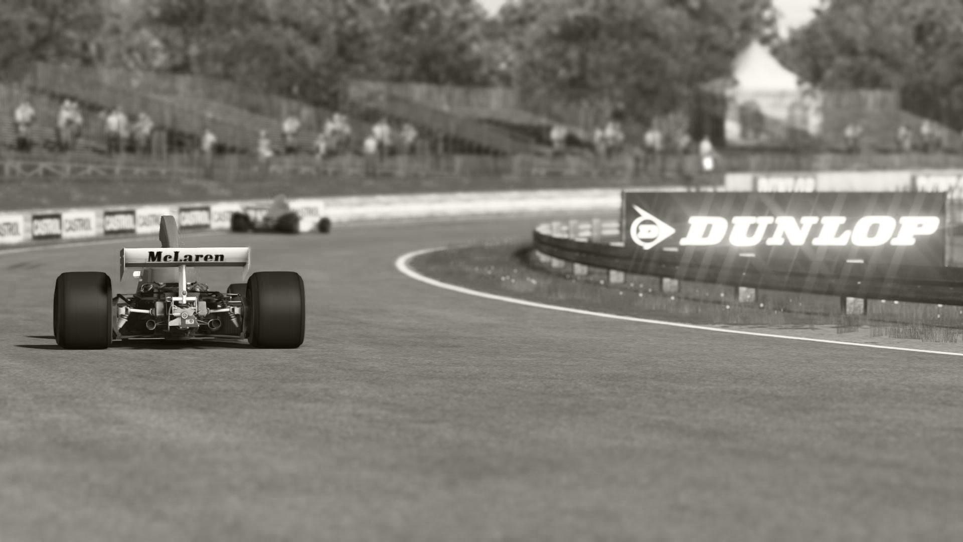 McLaren_03.jpg