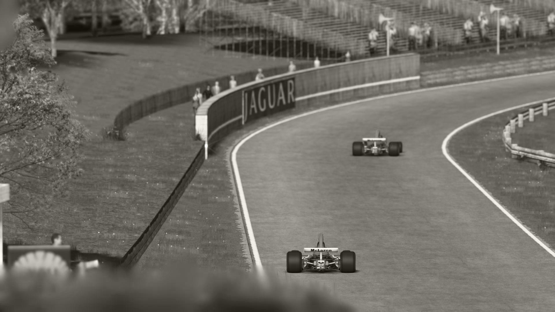 McLaren_05.jpg